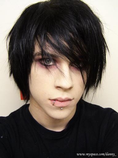 Cool Medium Emo Hairstyles for Teenage Boys | GlobezHair